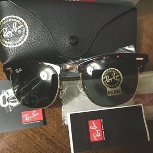 Ray-Ban Clubmaster Classic Tortoise RB3016